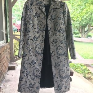 3 piece jacket top and skirt Amanda Smith size 6